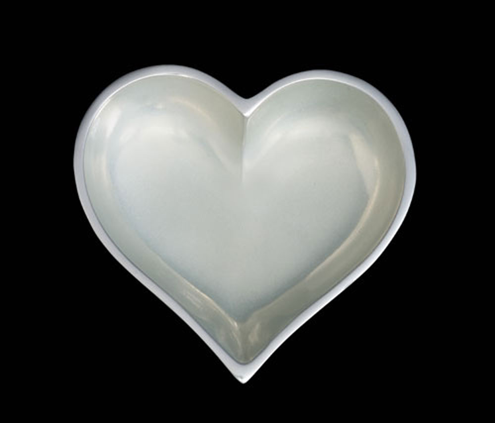 June Pearl Heart With Spoon